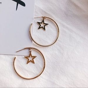 Jewelry - 💕Gold Chic Star Hoop Earrings